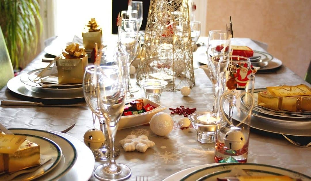 Image of dinner table decorated for Christmas